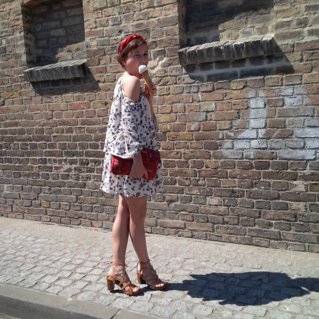 How to Wear the Swing Dress in Spring - Favorite. Fashion. Outfit. Boho red and white with Denim and Bandana Crown 15.jpg