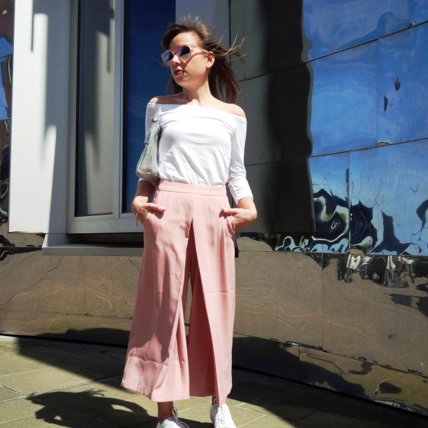 La Culotte. Petite is Perfect - Auch kleine Frauen können die Trendhose tragen. Style Advice. Lookbook. Inspiration. Asos 13