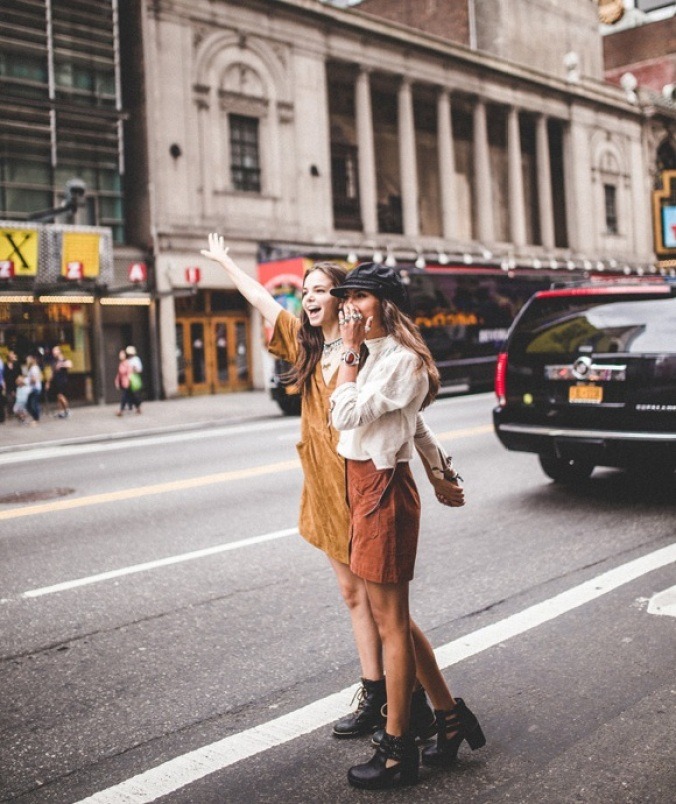 Should You Move to Were Your Friends Live and Leave Your Job. Inspiration. Advice, Friendship. NYC. Freepeople. Blogger Liebe was ist 3.jpg