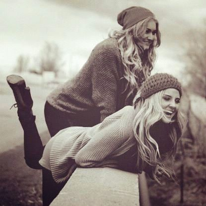 7 Friends Every Woman Needs. Lifestyle Advices - Ratgeber Kolumne. Beste Freunde. Freunde fürs Leben (1)