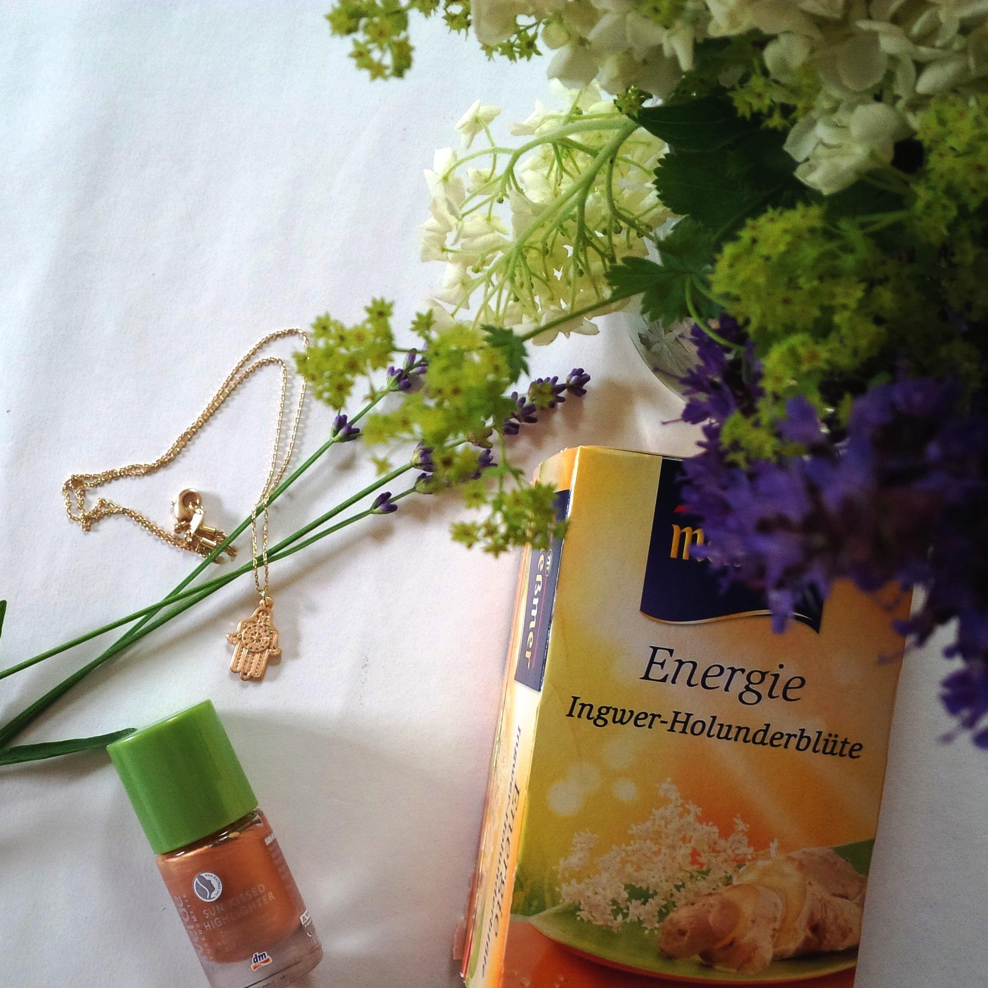 Liebe Woche #badkarma Sonntag, Wochen Favoriten. Produktempfehlung Beauty, Fashion, Lifestyle. Liebe was ist (1).jpg