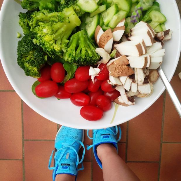 Liebe Woche Favoriten. Sonntag. back on track. Fitness. Sport. Routine. Running. Vinyasa Yoga. Workout. Lifestyle. Nike. Greens 5.jpg