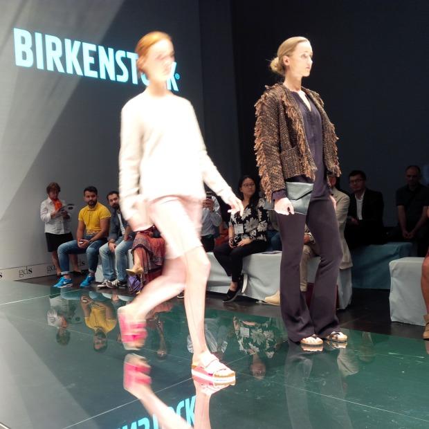 Runwayshow, Friends And Lots Of Shoes at #FashionBloggerCafé Shoe-Edition, #gds_shoefair. Liebe Woche. Sonntag Favoriten. Liebe was ist (66)