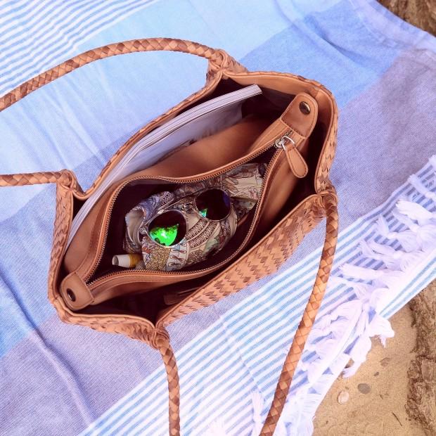 Summer Kick-Off. What's in My Bag & How to Get Ready For Summer. Inspiration. Liebe was ist. Summer Essentials. Tipps, Advice. Sponsored Post - Witt Weiden (3).jpg