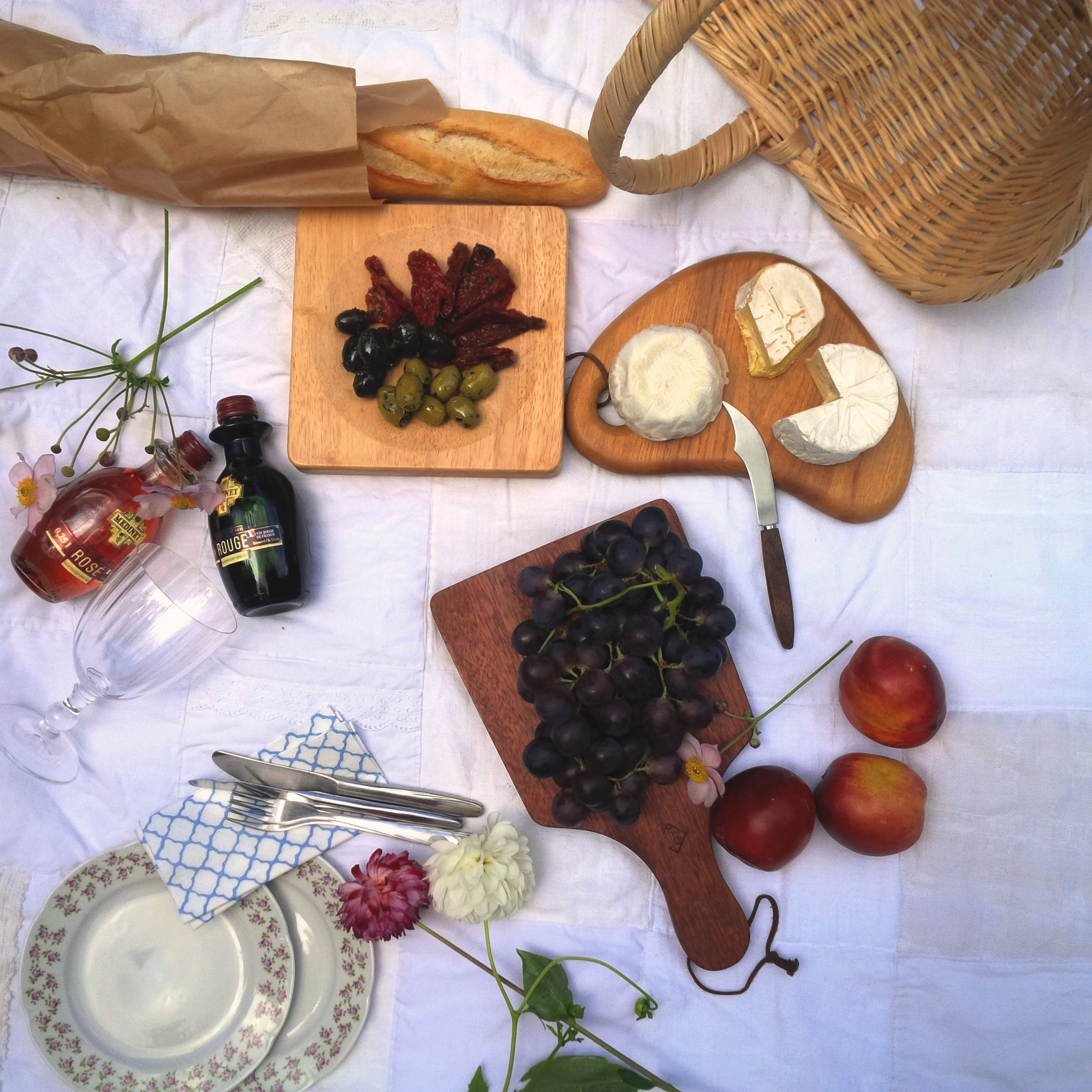 7 Steps To The Perfect Summer Picnic. Liebe was ist - perfektes Sommer-Picknick. Inspiration. Lifestyle Advice. Tipps und Tricks (6)