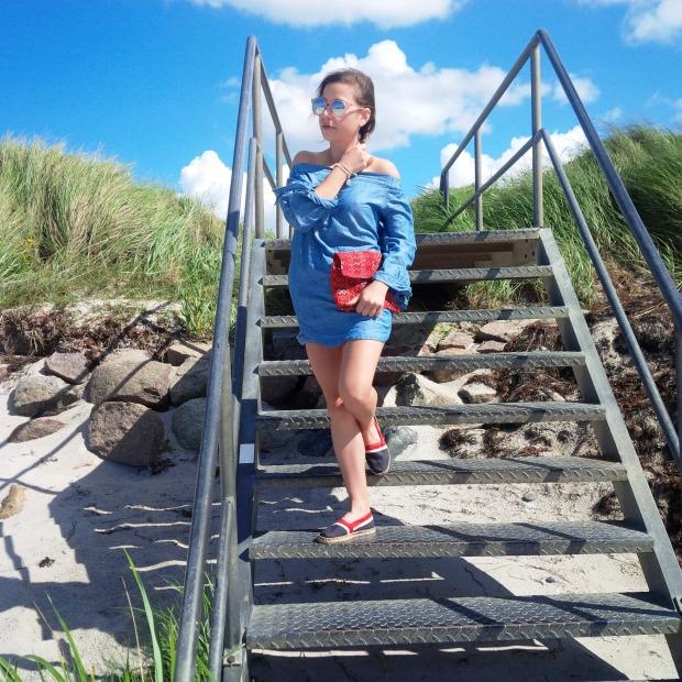 Summer Long Vacation At The Beach. Trend Schuh Espadrilles, Espadrij l'originale. Denim Dress. Lookbook. Liebe was ist (21)