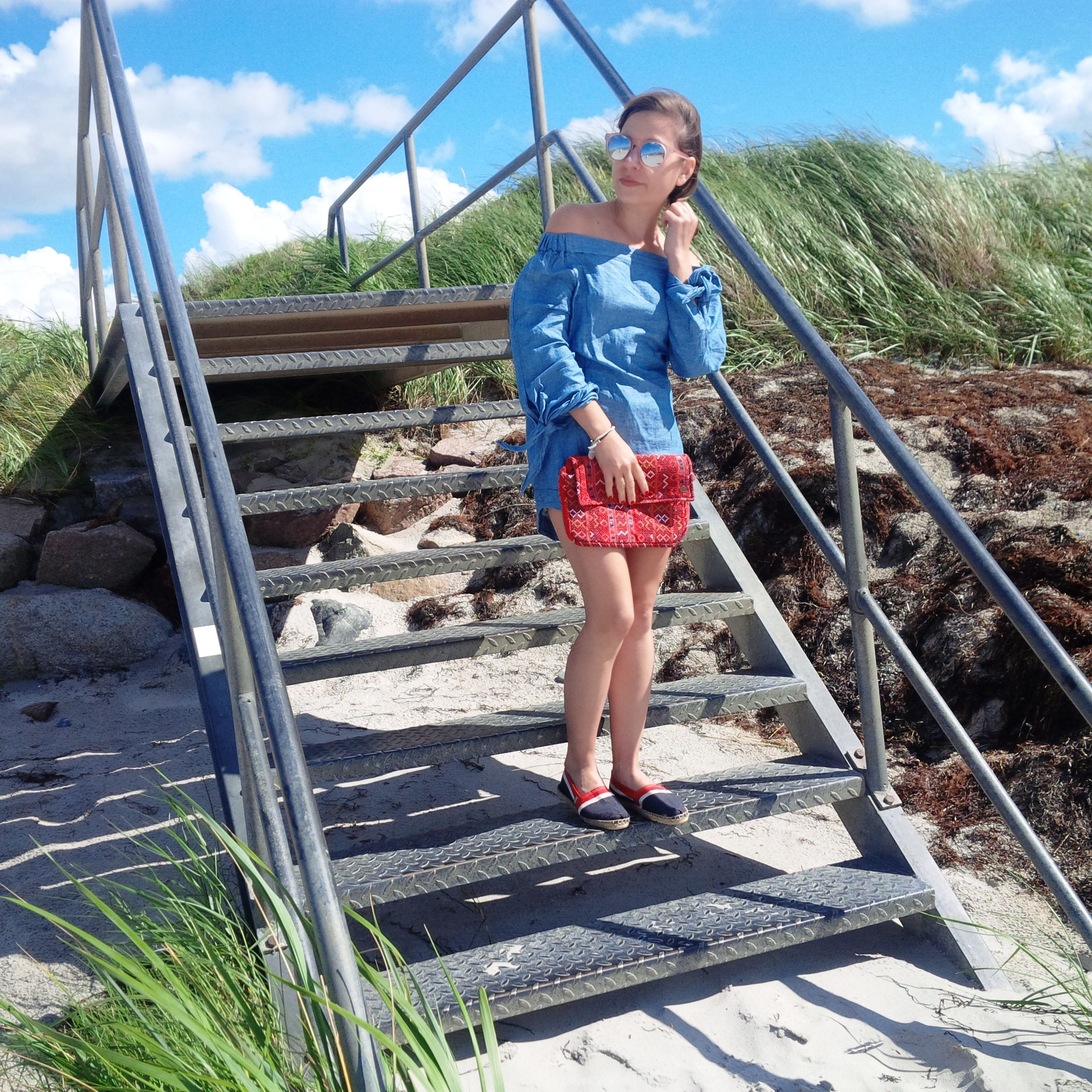 Summer Long Vacation At The Beach. Trend Schuh Espadrilles, Espadrij l'originale. Denim Dress. Lookbook. Liebe was ist (27)