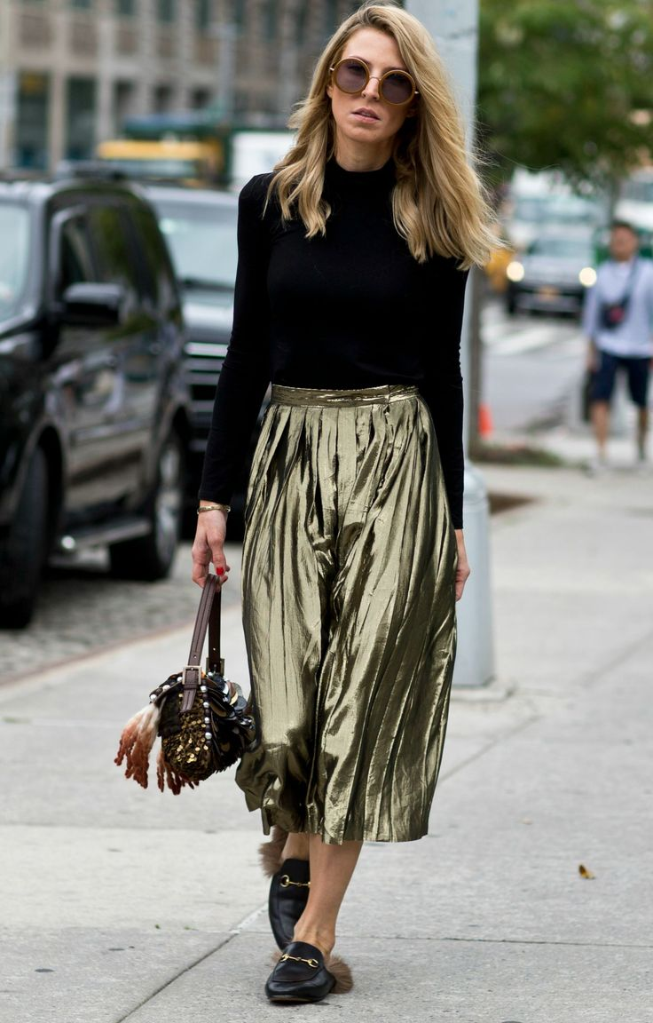 September Issue Meets Prêt-à-porter 8 Wear- and Affordable Fall Fashion Trends. Liebe was ist. Glam Skirt.jpg