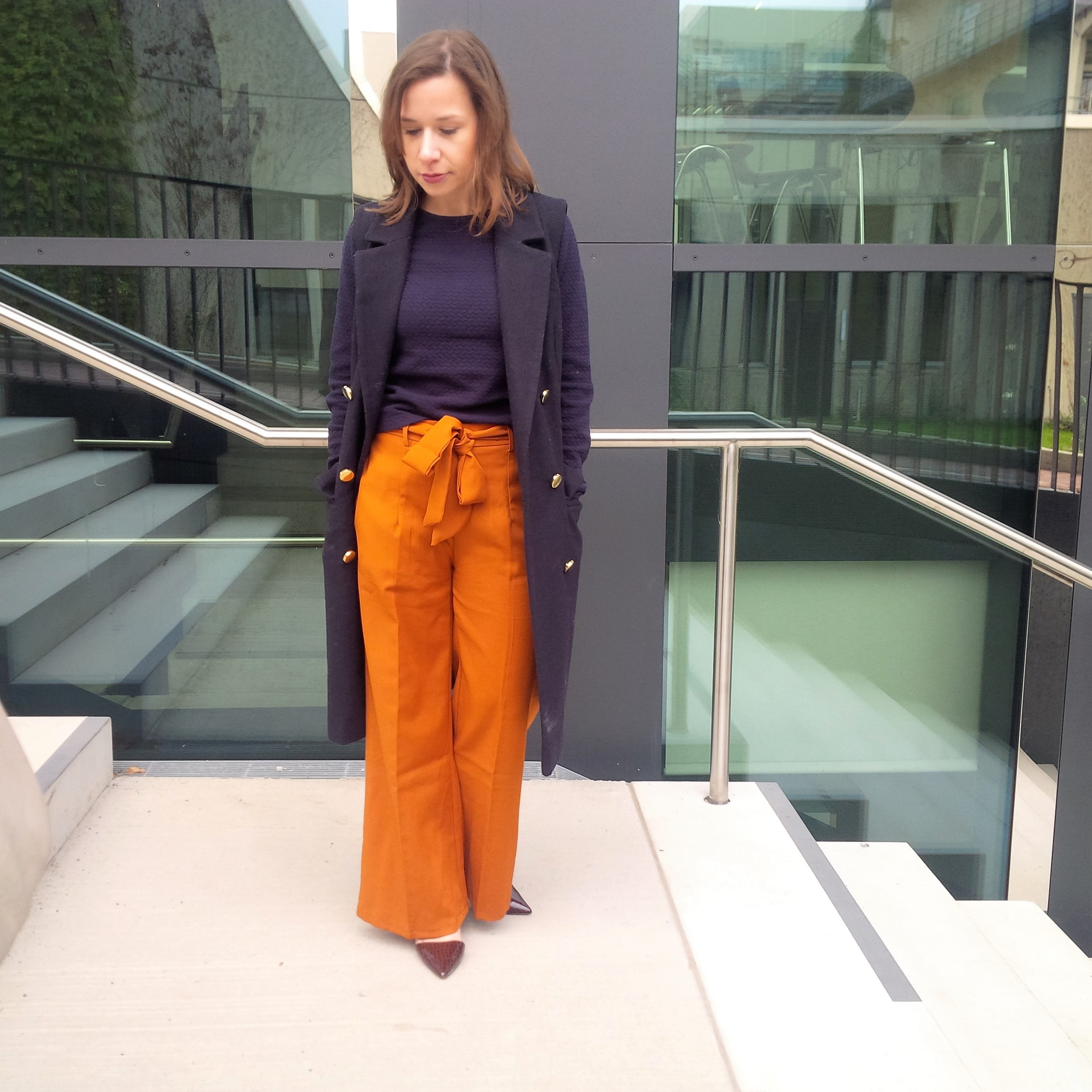 orange-is-the-new-black-wearing-bright-colours-liebe-was-ist-advice-fall-fashion-new-colour-24