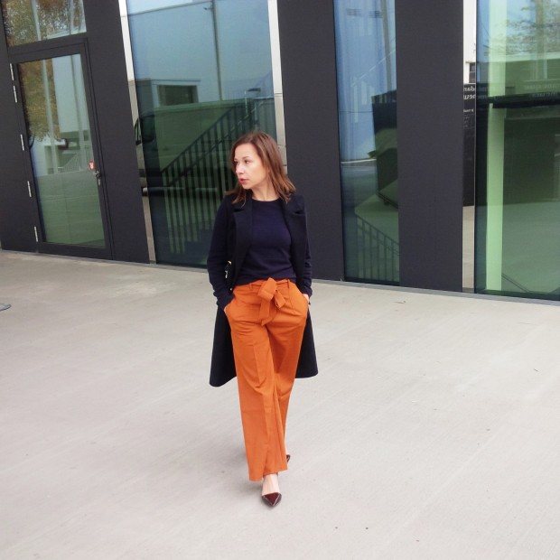 orange-is-the-new-black-wearing-bright-colours-liebe-was-ist-advice-fall-fashion-new-colour-45