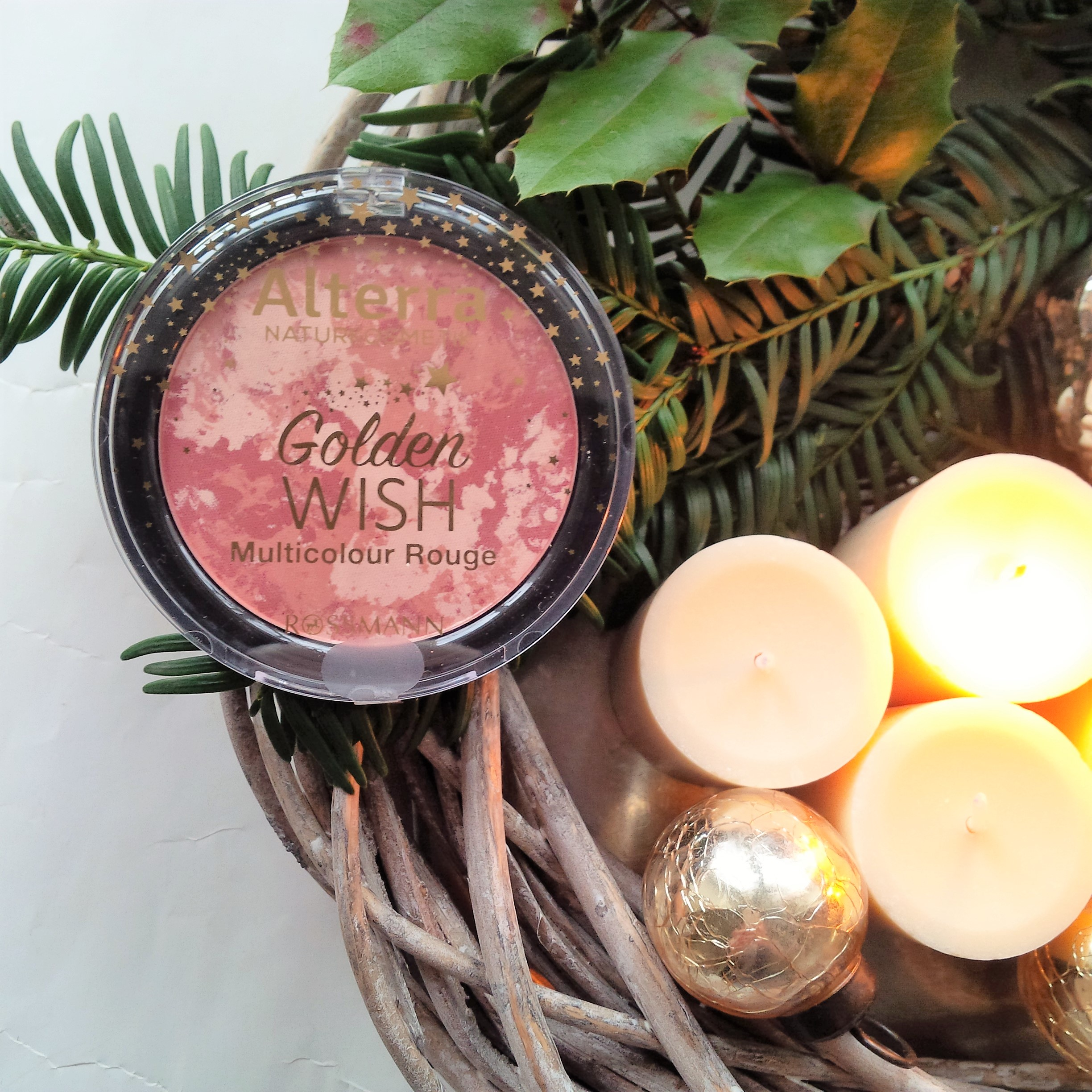 the-weekender-getting-festive-glamourous-weihnachtsmakeup-look-vegan-tierversuchsfrei-2-advent-giveaway-5