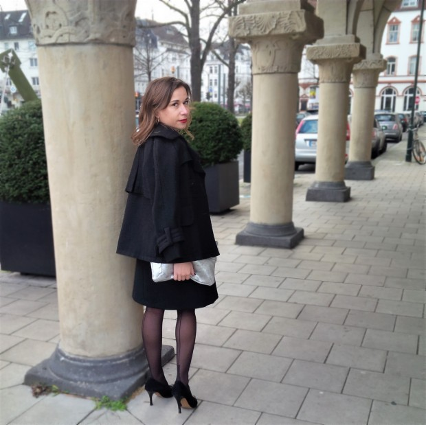 happy-new-year-and-a-dress-for-special-occasions-liebe-was-ist-kleines-schwarzes-maje-silvester-look-petite-fashion-1