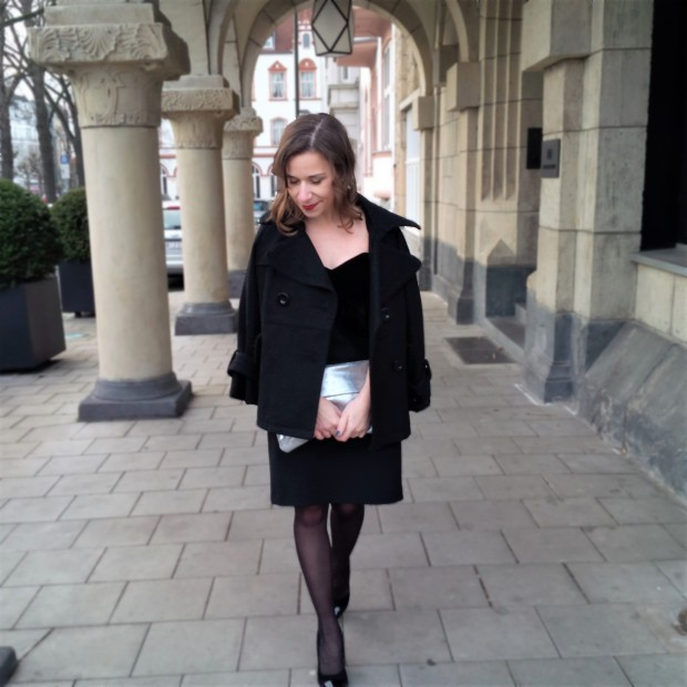 happy-new-year-and-a-dress-for-special-occasions-liebe-was-ist-kleines-schwarzes-maje-silvester-look-petite-fashion-3