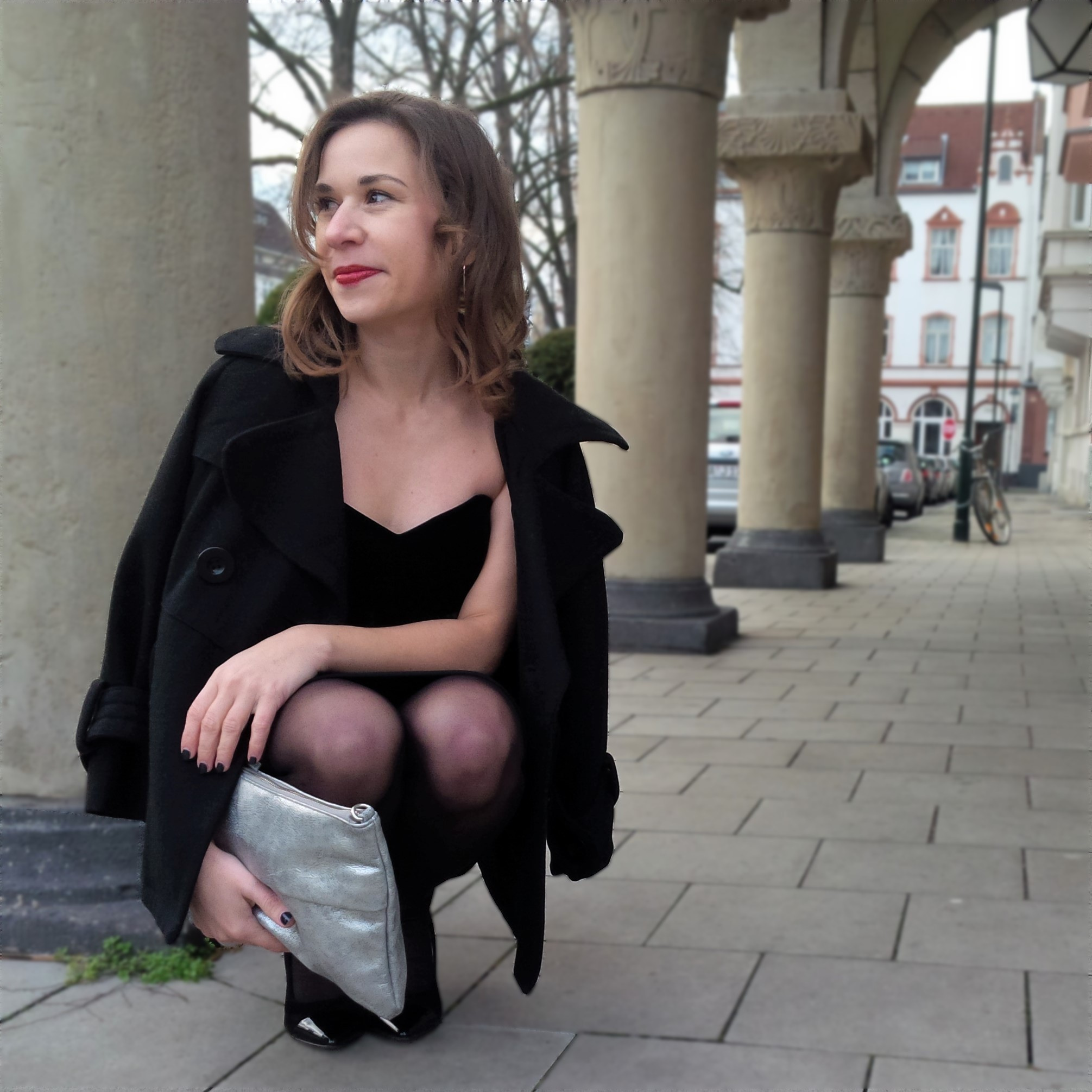 happy-new-year-and-a-dress-for-special-occasions-liebe-was-ist-kleines-schwarzes-maje-silvester-look-petite-fashion-5