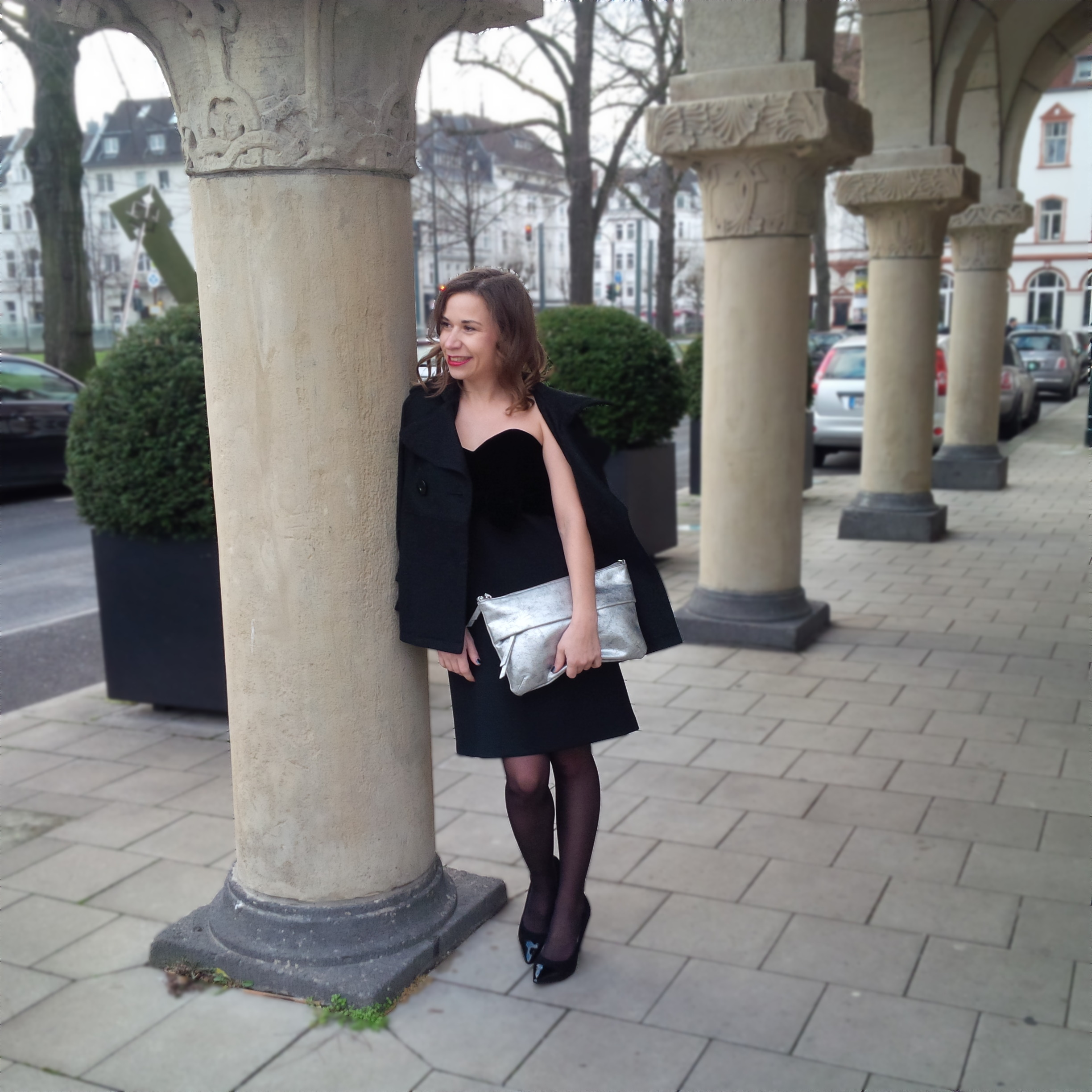 happy-new-year-and-a-dress-for-special-occasions-liebe-was-ist-kleines-schwarzes-maje-silvester-look-petite-fashion-8