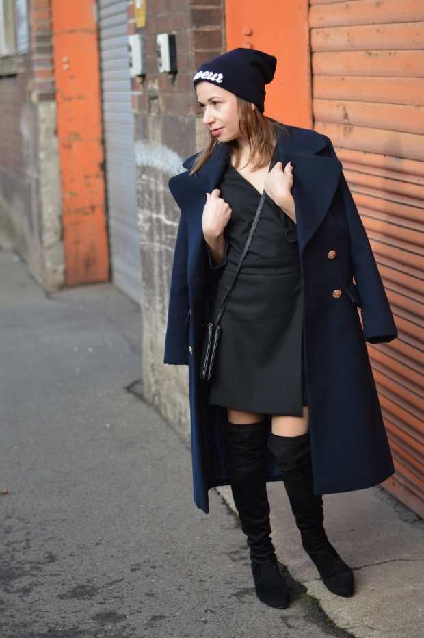how-to-handle-the-pressure-of-being-a-blogger-liebe-was-ist-fashion-lifestyleblog-dusseldorf-kolumne-advice-erfahrungen-overknees-military-coat-1-3