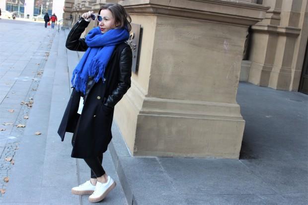 How to Triple Your Winter Wardrobe Without Buying a Totally New Attire. Liebe was ist. Fashion Blog Petite Düsseldorf. Key Pieces und Klassiker im Kleiderschrank. Mode (9).JPG