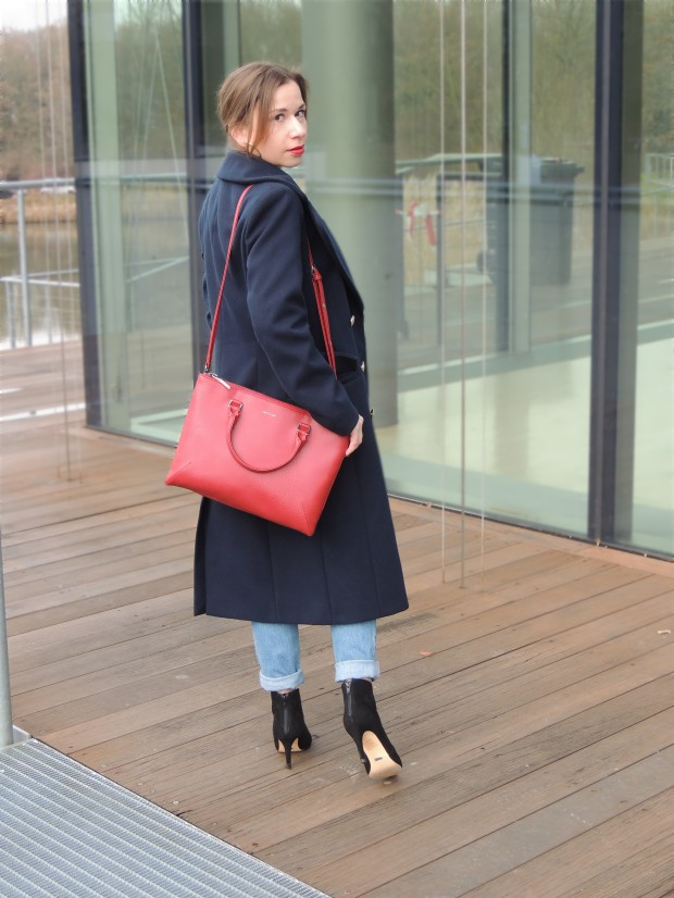 liebe-was-ist-fashionblog-dusseldorf-petite-fashion-januar-blues-uniform-military-coat-trend-lookbook-advic-3