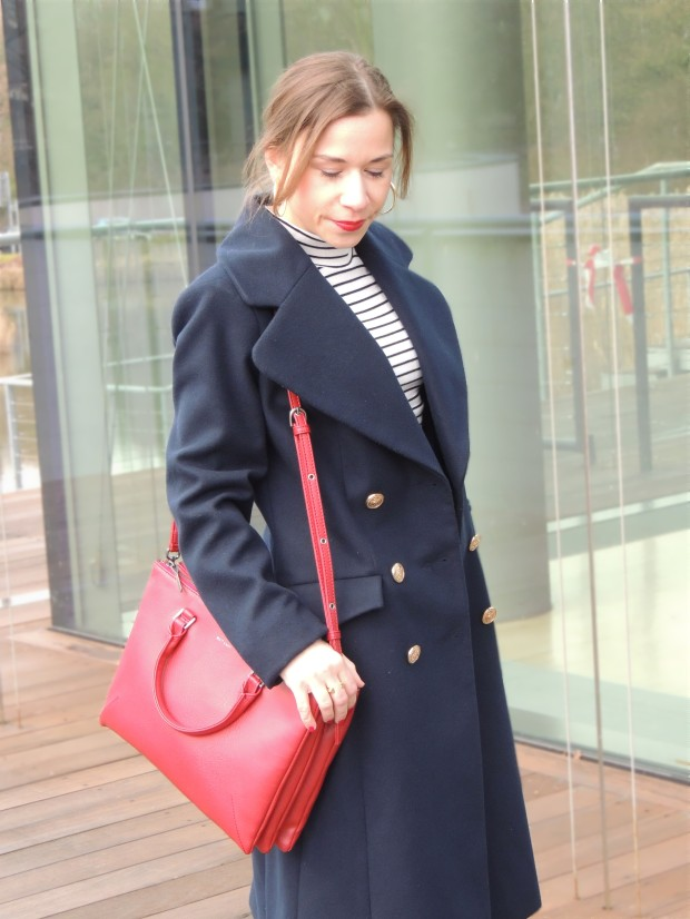 liebe-was-ist-fashionblog-dusseldorf-petite-fashion-januar-blues-uniform-military-coat-trend-lookbook-advic-6
