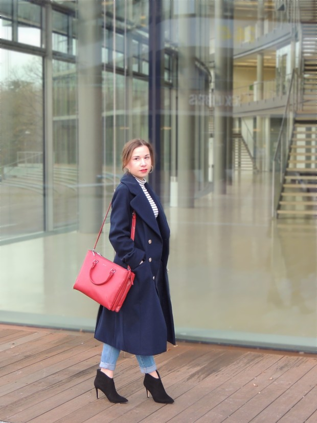 liebe-was-ist-fashionblog-dusseldorf-petite-fashion-januar-blues-uniform-military-coat-trend-lookbook-advice-1