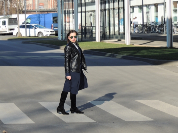 how-to-pull-off-the-dress-over-pants-street-style-trend-liebe-was-ist-fashionblog-dusseldorf-lookbook-winter-layering-lagenlook-kleid-hose-2